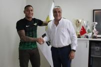 TRABZONSPOR - Akhisar Belediyespor, Henrique'yi Renklerini Bağladı