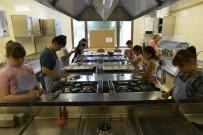 ÖĞRENCİLER - Aşçı Adayları Yetişmeye Devam Ediyor