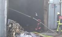 FABRIKA - Çatalca'da Tekstil Fabrikasında Korkutan Yangın