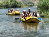 ALI GÜLDOĞAN - Dalaman'da Kurumlar Arası Rafting Kaymakamlık Kupası