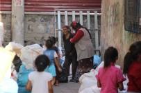 ÜLKER - Engelli Çocuklarıyla Sokağa Atıldı