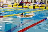 BEDEN EĞİTİMİ - Eskişehirli Yüzücü 14 Yaş 50 Metre Serbest Stil Yüzme Kategorisinde Türkiye Rekoru Kırdı