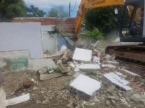 ÇAMKÖY - İlk Etapta 27 Ev Yıkıldı