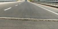DOĞU ANADOLU - Karasu Köprüsündeki Çatlaklar Kazaya Davetiye Çıkarıyor
