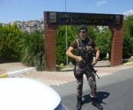 POLİS HELİKOPTERİ - Maltepe'de Parklar Ve Kıraathanelere Polis Baskını