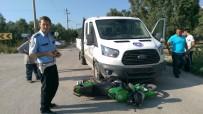 GENÇ KIZ - Motosiklet Sürücüsü Kız Kamyonetin Altında Kaldı