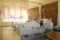 BAKIM MERKEZİ - Palyatif Bakım Servisi Yaraları Sarmaya Devam Ediyor