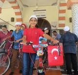 ÖĞRENCİLER - Sabah Namazında Buluşan Çocuklar Bisikletlerine Kavuştu