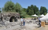 KAYSERİ ŞEKER FABRİKASI - Selçuklu Döneminin İlk Saraylarından Kayseri Şeker'deki Keykubadiye Saray Kazısı 4. Yılında
