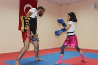 FETHİ SEKİN - Siverek'te Muay Thai Şampiyonları Yetişiyor