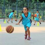 CEYHAN - Tatilin Keyfi Yaz Spor Okullarında Çıkıyor