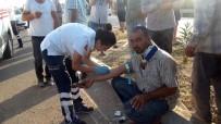 Tekeri Patlayan Kamyonet Bariyerlere Çarptı Açıklaması 3 Yaralı