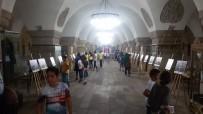 ÖĞRENCİLER - Yaz Okulu Öğrencileri Tarihi Mekanları Geziyor