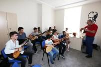 SPOR MERKEZİ - Yenimahalle'de Gençlik Merkezine Yoğun İlgi