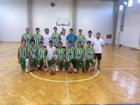 BELEDİYESPOR - Yeşil-Beyazlı Basketbolcular İzmir'de Devleşti