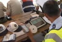 ÇALINTI ARAÇ - 81 İlde Trafik Uygulaması Açıklaması 19 Bin Sürücüye...