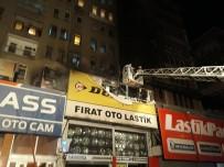 TURGUT ÖZAL - Başkent'te Korkutan Yangın