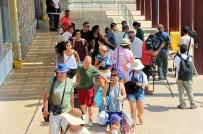 YABANCI TURİST - Kos Adası'ndan Tahliyeler Devam Ediyor