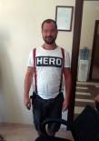 DAVUTLAR - Kuşadası'nda 'Hero' Yazılı Tişört Giyen Bir Kişi Gözaltına Alındı