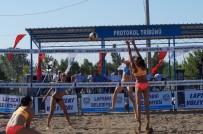 TAHIR ŞAHIN - Lapseki 20'İnci Plaj Voleybol Turnuvası Başladı