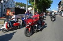 ABDULLAH YıLMAZ - Motosiklet Tutkunları Niksar'da Şov Yaptı