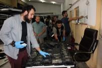 İL EMNİYET MÜDÜRLÜĞÜ - Paketleri Mıknatısla Tavana Zulalamışlar Açıklaması Tam 80 Kilo