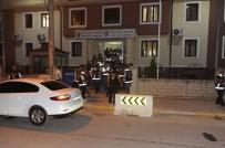 TERÖRLE MÜCADELE - Sakarya'da 200 Polisle 'Huzur' Operasyonu Gerçekleşti
