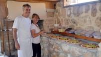 Terörden Kaçtığı Memleketine 30 Yıl Sonra Pizzacı Olarak Döndü