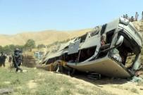 AŞIRI HIZ - Afganistan'da Trafik Kazası Açıklaması 14 Ölü