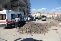 ADLİ TIP KURUMU - Ankara'da Göçük Altında Kalan İşçi Öldü