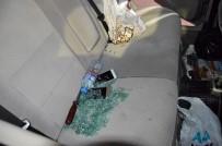 Camı Kırıp Otomobilden 20 Bin Liralık Ziynet Eşyası Çaldılar