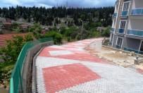 KORKULUK - İzmit Belediyesi'nin Çalışmaları Devam Ediyor