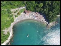YERLİ TURİST - Karadenizde Mavi Bayraklı Plajlar Tercih Ediliyor