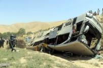 YOLCU OTOBÜSÜ - Katliam Gibi Kaza Açıklaması 14 Ölü