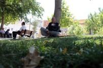 AKSAKAL - Yaşlılar Camilerde, Çocuklar Süs Havuzlarında Serinliyor