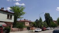RESTORASYON - Yeni Şehir İmar Planını Beğenmeyen Mahalleli Belediyeden Bitişik Nizam İstiyor