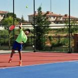 TENİS TURNUVASI - 14 Yaş Yaz Kupası Tenis Turnuvası Başladı