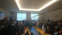 GENÇLİK KOLLARI - AK Parti'de Devir Teslim Töreni