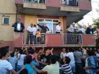 AK PARTİ İLÇE BAŞKANI - Belediye Başkanı Çalışkan, Düğünde Dolar Serpti
