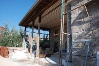 RESTORASYON - Cami Taşları Üzerine Devrildi