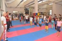 HALK OYUNLARI - Çocuklar Tatilin Keyfini Yaz Spor Okullarında Çıkarıyor