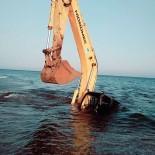 KEPÇE OPERATÖRÜ - Denize Giren Kepçe Battı