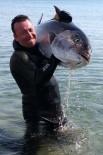 ZIPKIN - Dev Balığı Zıpkınla Böyle Avladı