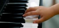 GÖRME ENGELLİLER - Görme Engelli Çocuklar Müzikle Hayata Tutunuyor