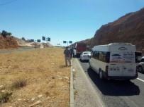 Güvenlik Kuvvetleri İhbar Üzerine Karayolunda Mayın Taraması Yaptı