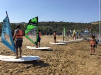 YALIN - İnönü Üniversitesi Öğrencileri Kuşadası'nda Su Sporları Eğitimi Aldı