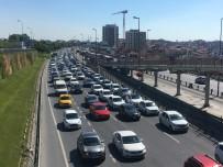 EMNIYET KEMERI - İstanbul'da 37 Bin 271 Sürücüye Ceza