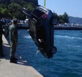 SARIYER - Kontrolden Çıkan Araç Denize Uçtu