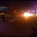 KEMERALTı - Polise Yakalanmamak İçin Motosikleti Ateşe Verdi