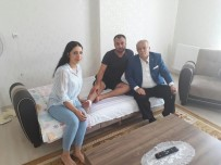 Vali Necati Şentürk, Hakkari Gazisi Akif Gürler'i Evinde Ziyaret Etti